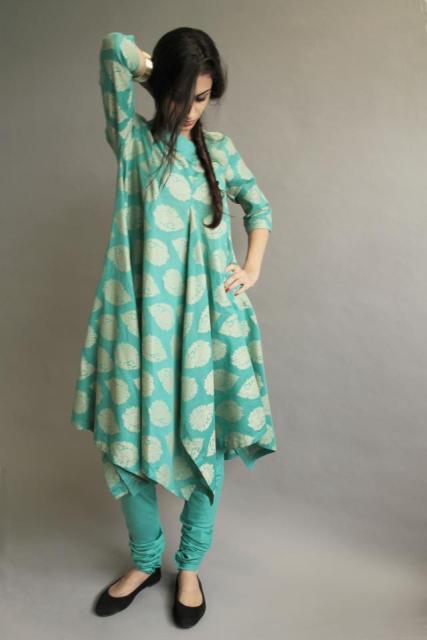 Latest eid ul fitr dresses 2012 for women