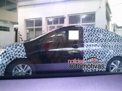 Hyundai Hb 20S-spied side