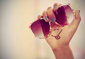 Sonríe siempre para no dar a los que te odian el placer de verte triste :)