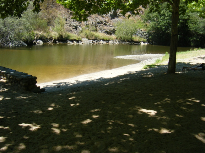 Areal Praia Fluvial de Pego das Cancelas