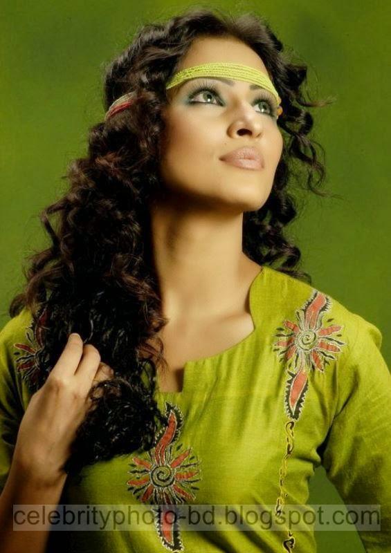 Beautiful%2BHot%2BBangladeshi%2Bgirl%2BSrabosri%2BDutta%2BTinni's%2BNew%2BHD%2BPhotos009