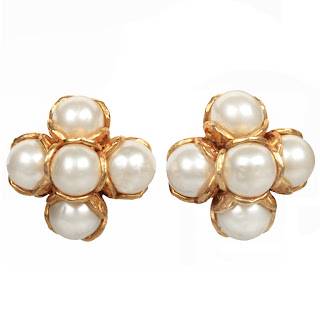 Vintage 1990's Chanel gold and pearl clip-on earrings.
