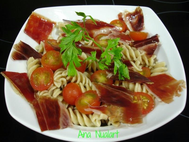 La cocinera de b tulo ensalada templada de pasta kamut for Ensalada de pasta integral