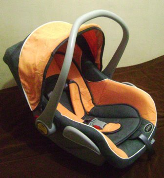 Car Seat yang nyaman untuk si kecil..selain nyaman juga aman