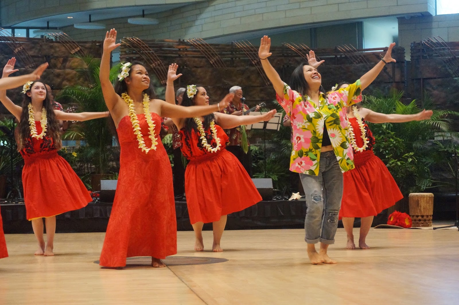 essays on hawaiian dancing In the year 1893, the hawaiian monarchy was overthrown, marking the  divergence of two styles of traditional hula both forms of the dance, the ancient  hula.