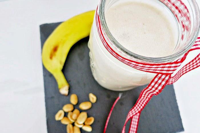 Erdnuss-Bananen Smoothie