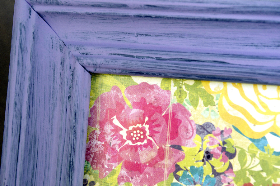 Pamela Joyce: Painted Picture Frames with Super Cute Mats