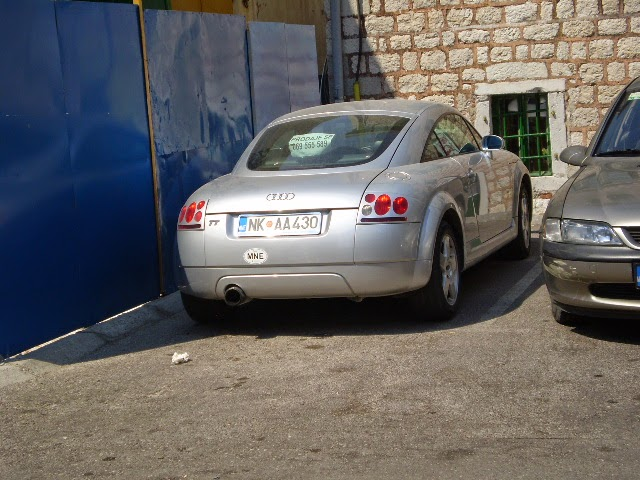 Audi-TT-Without-Spoiler