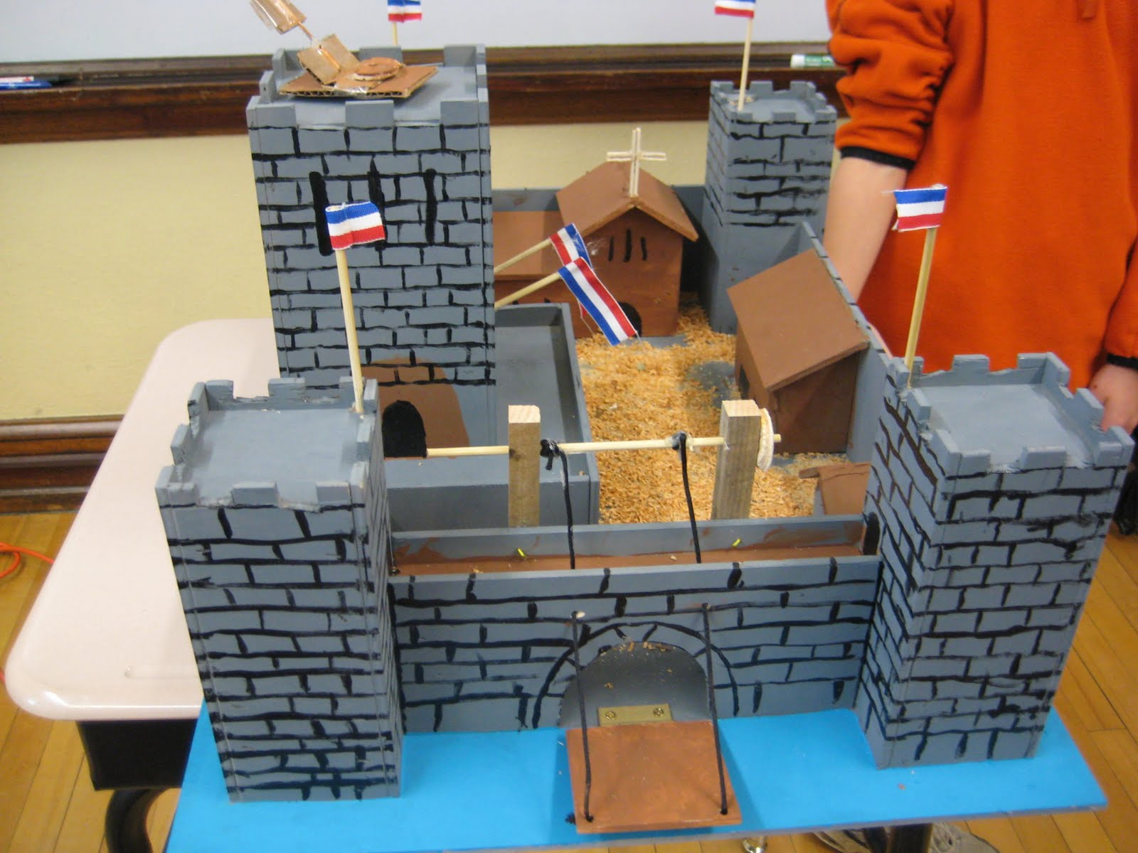 how to make a castle for school project