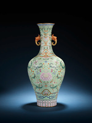 Qianlong vase at Bonhams