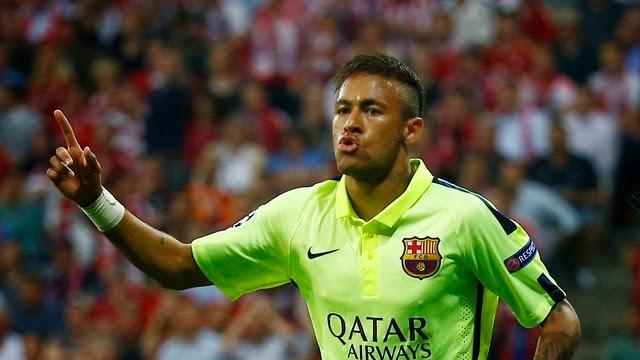 Barcelona perde para Bayern, mas vai à final com dois de Neymar