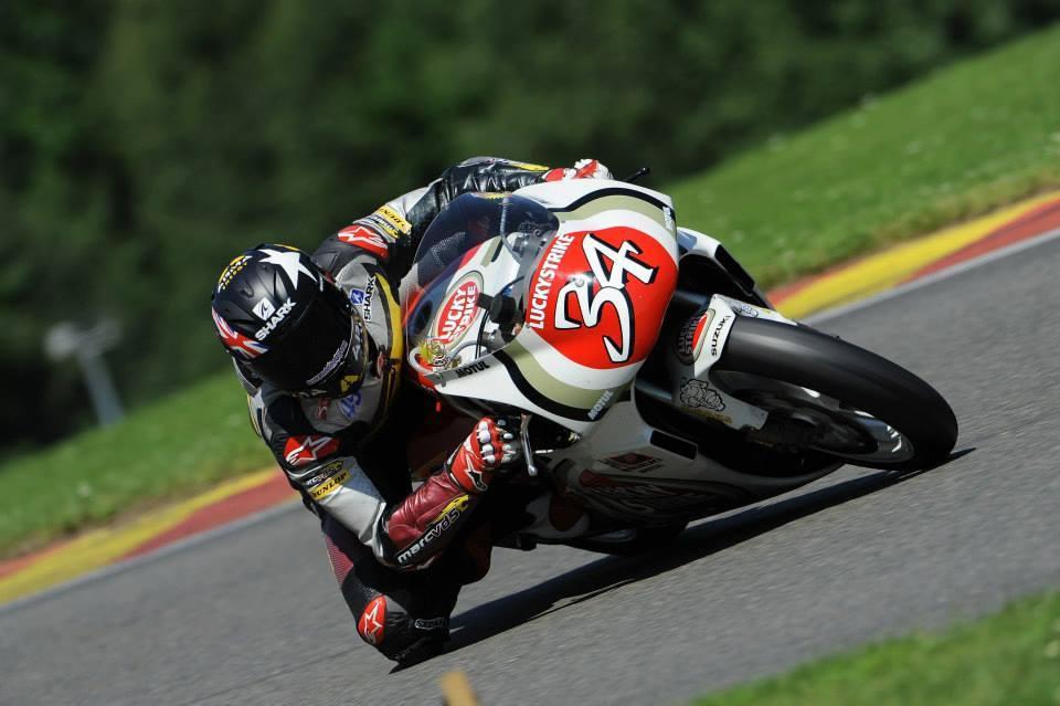Racing Caf U00e8  Photo  445