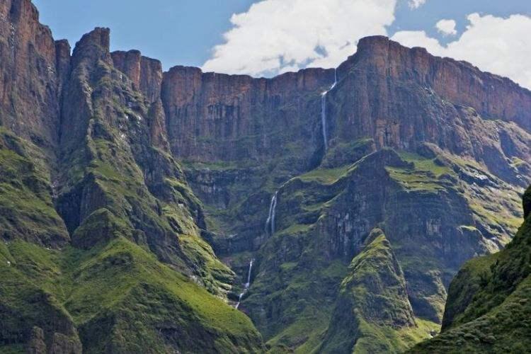 Tugela Falls, South Africa, Air Terjun yang tinggi