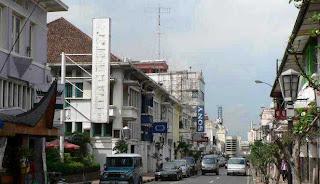 Tempat Wisata Di Bandung - Jalan Braga Bandung 3
