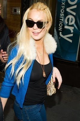 lindsay lohan wins restraining order 2011 4 Lindsay Lohan Wins Restraining Order Against Man She Exposed as Stalker