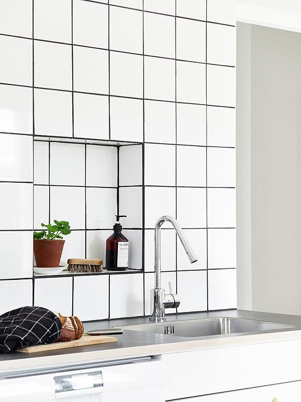 Life as a moodboard kitchen tile niche - Muur niche ...