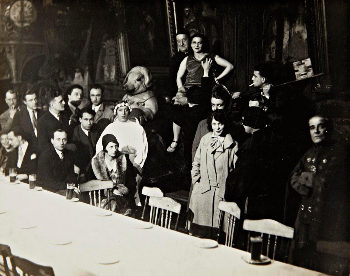 Teifidancer au caberet du ciel paris 1927 man ray for Elsa au miroir aragon