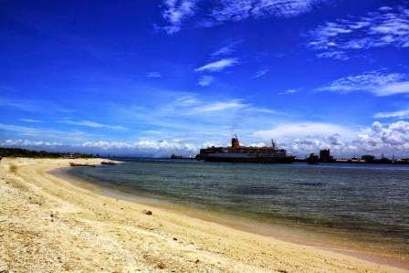 Pulau Gusung Makassar