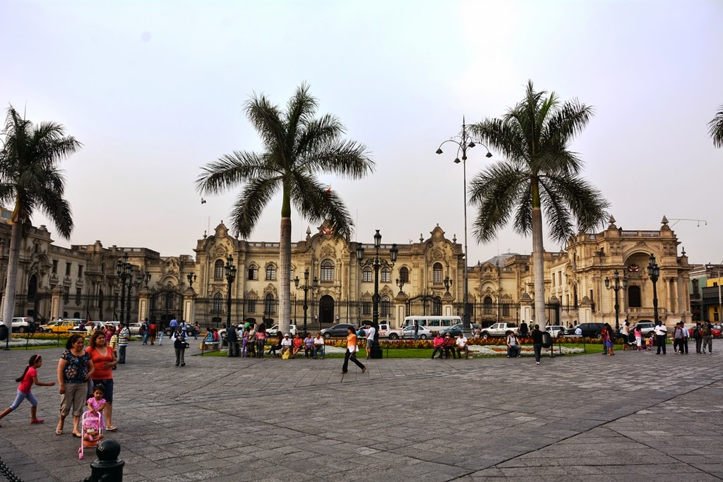 Plaza Mayor Lima Presidential Palace