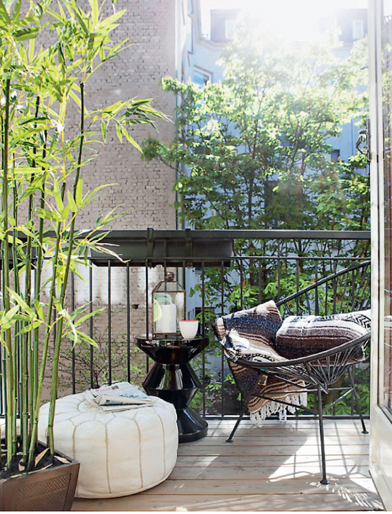 5 simple tips to cozy up your outdoors for fall | Image via Femina.