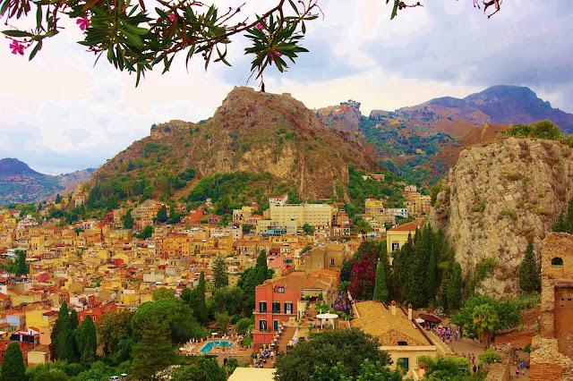Sicily, Truman Capote, Elizabeth Taylor