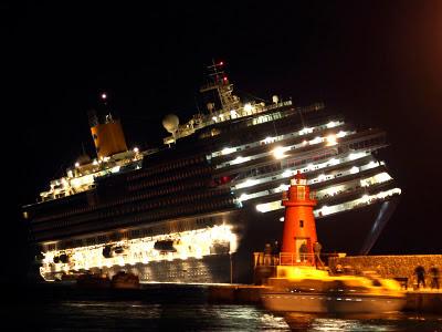Penyebab Kapal Costa Concordia Karam [ www.BlogApaAja.com ]