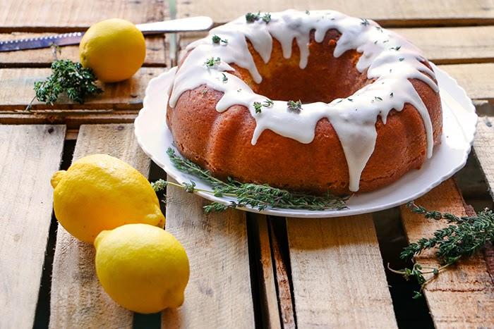 Pound Cake de Limón y Tomillo