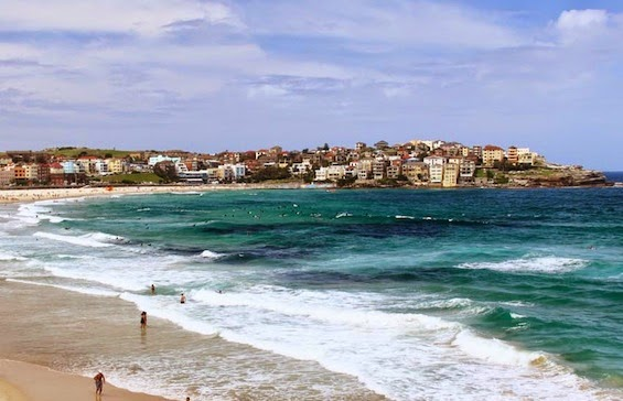 NORTH BONDI BEACH, SYDNEY