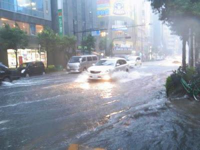 temporale su Osaka