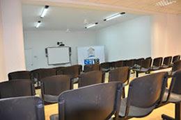 ¡Yo estudio en el ISET 18!