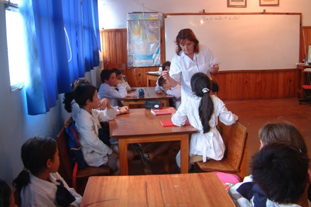 docente-dando-clases