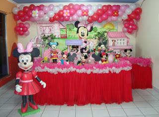 Decoração para festa infantil da Minnie