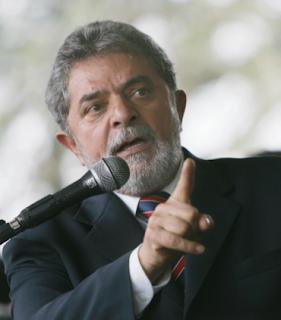 Ex-presidente do PT preconceituoso compara manifestantes a macacos fedidos