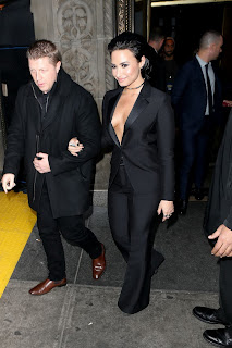 Demi Lovato Leaving her hotel at NYC