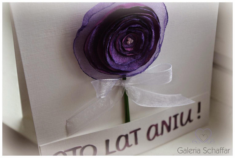 kartka z kwiatkiem z materiału galeria schaffar cudna kartka urodzinowa