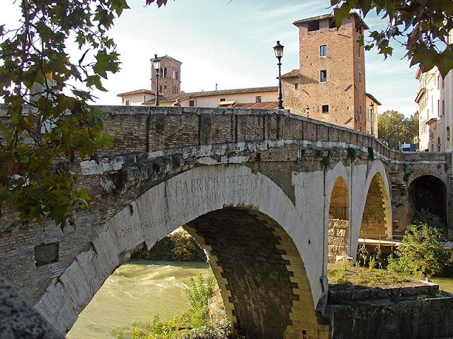 Le pont Fabricio à Rome