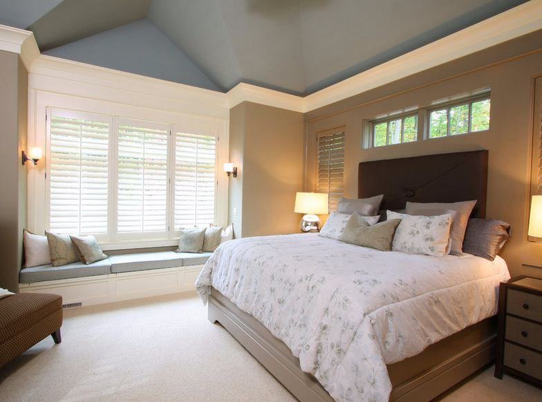 Painted vaulted ceilings what colour works best the Master bedroom ceiling colors