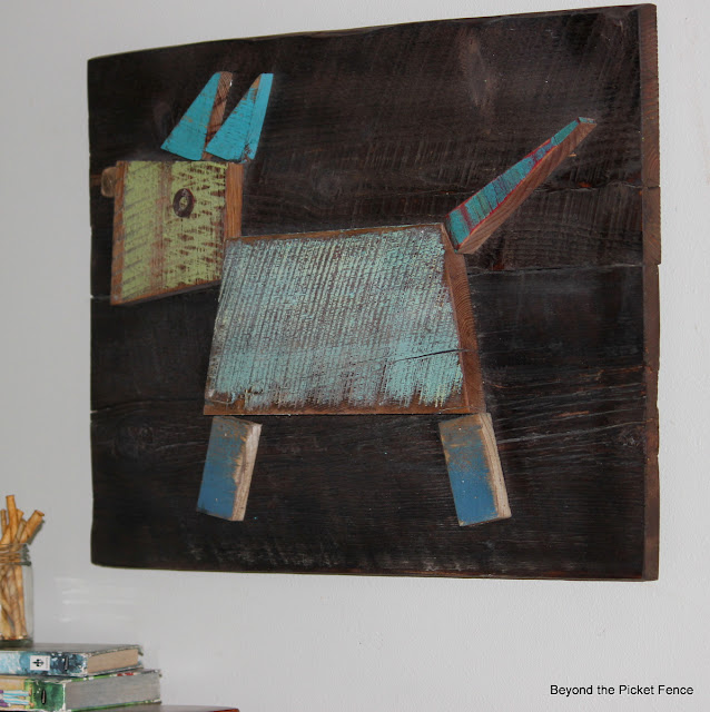 reclaimed wood, barnwood, art, paint, stain, beyond the picket fence, http://bec4-beyondthepicketfence.blogspot.com/2013/07/meet-scrappy.html