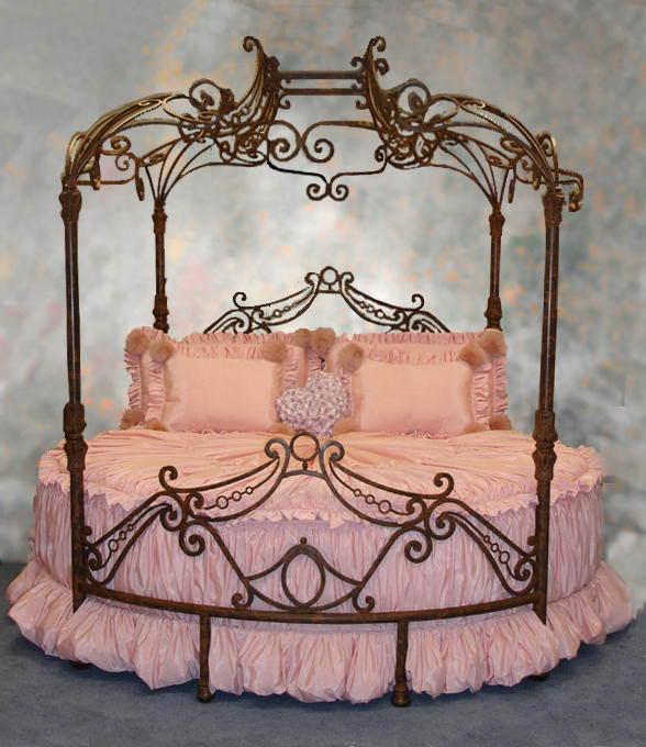3 Princes And A Princess 2 Giving Your Little Princess A Magical Bed
