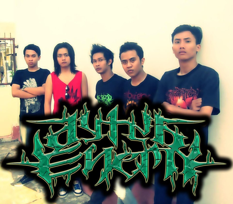 Dying Enemy Band Melodic Death Metal / Metalcore Surabaya Indonesia Foto Personil Logo Wallpaper
