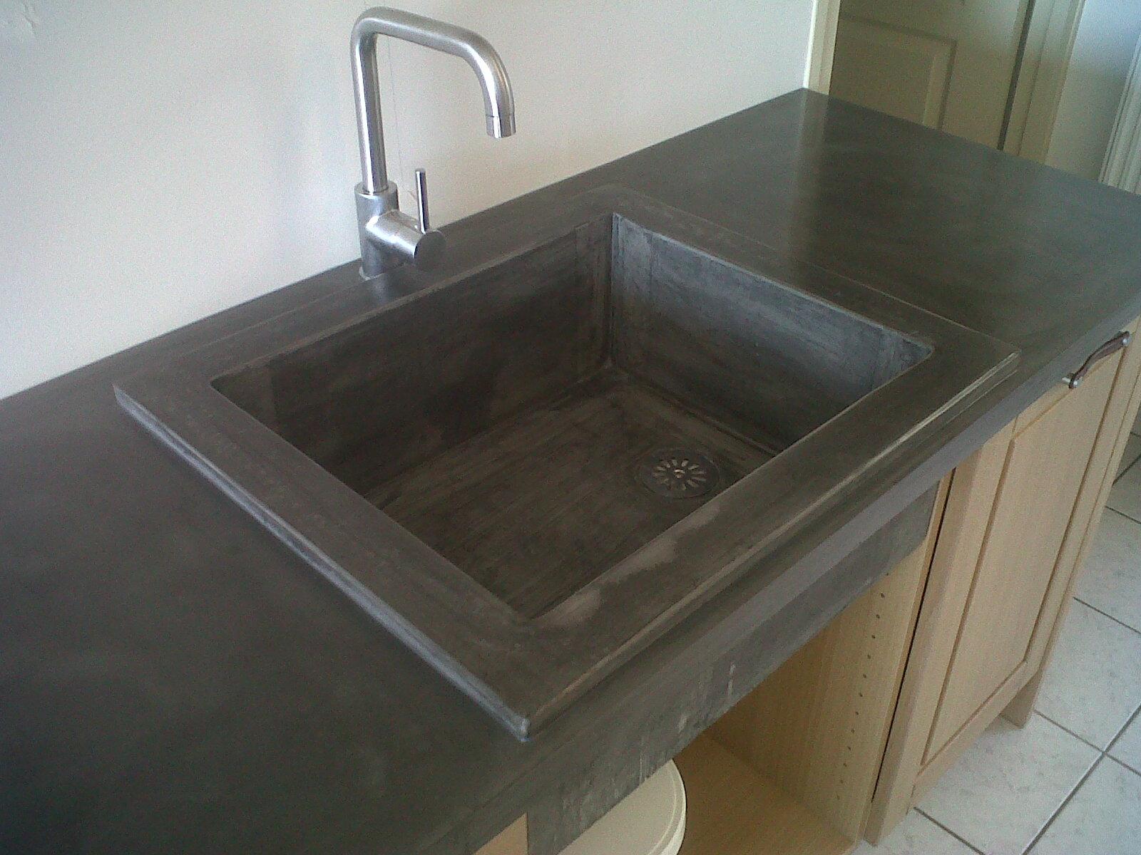 t m beton design plan de cuisine avec bac en beton. Black Bedroom Furniture Sets. Home Design Ideas