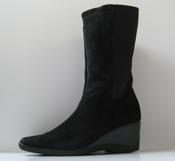 Good Closet Aquatalia Black Suede Tall Boots Womens Size 9 5