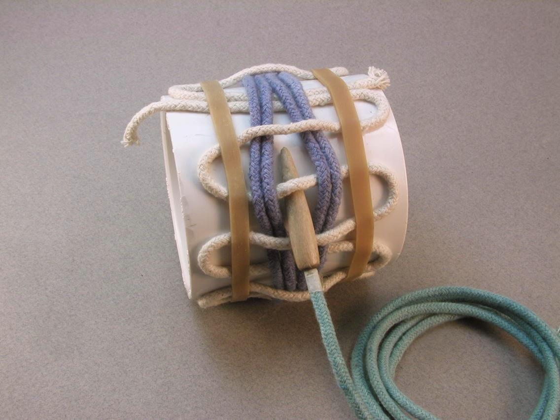 Basket Weave Paracord Bracelet Tutorial : Knots and fiber bracelets making a basket weave rope