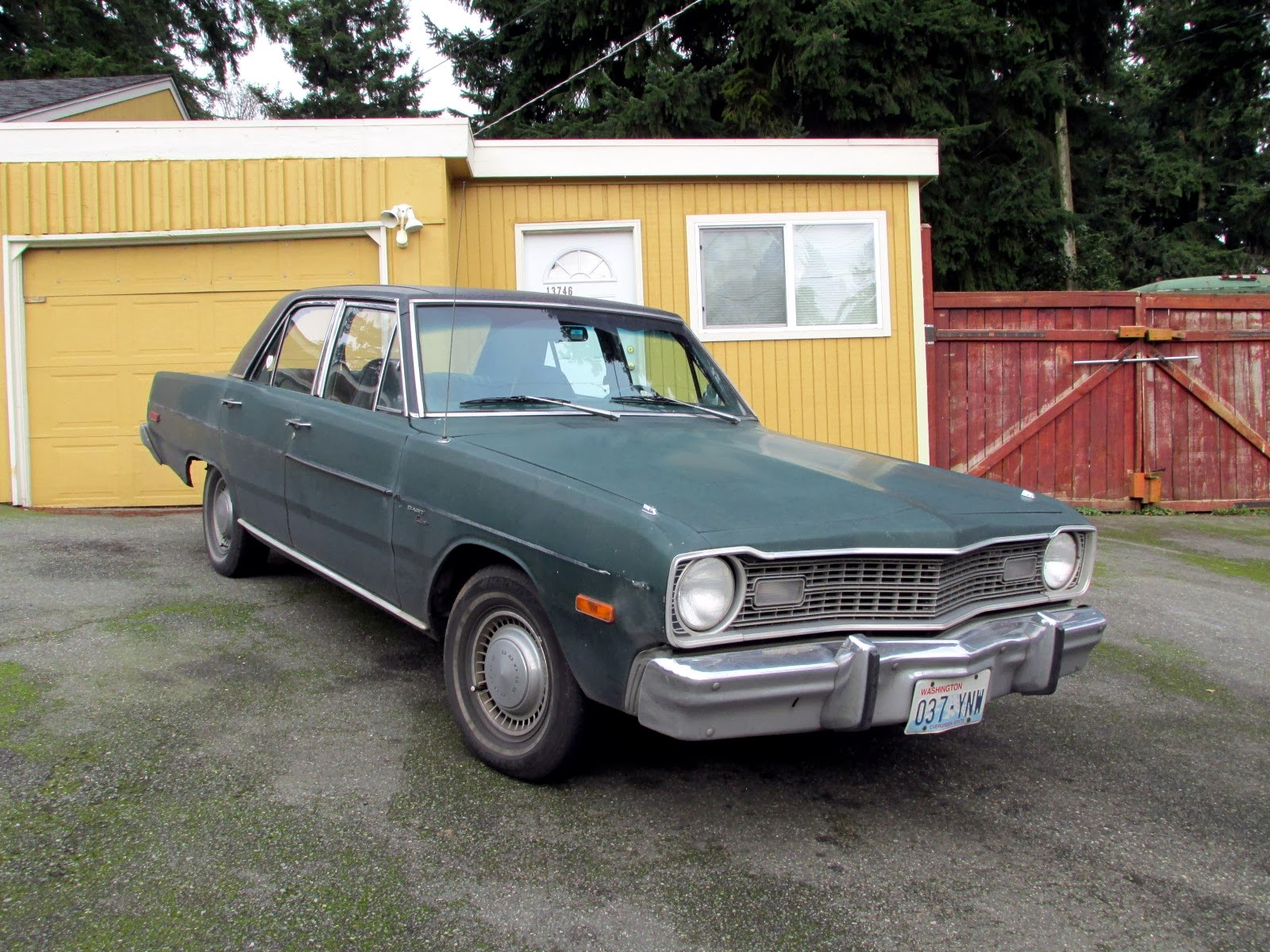 Seattle s Classics 1975 Dodge Dart Sedan