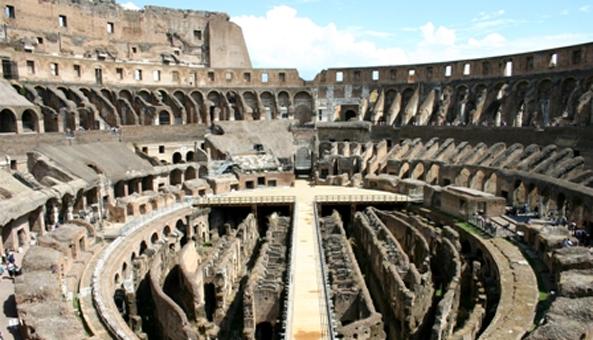 Colloseum  Romawi Kuno