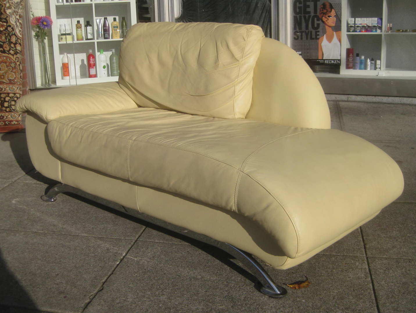 Uhuru furniture collectibles sold cream leather for Blue leather chaise