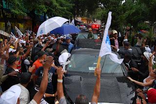 Hipolito pide a perredeístas en SDE encargarse de ir a votar que él garantiza cuenten los votos