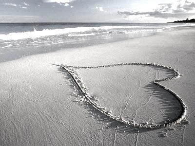 GvSparx- Heart On Sea Beach