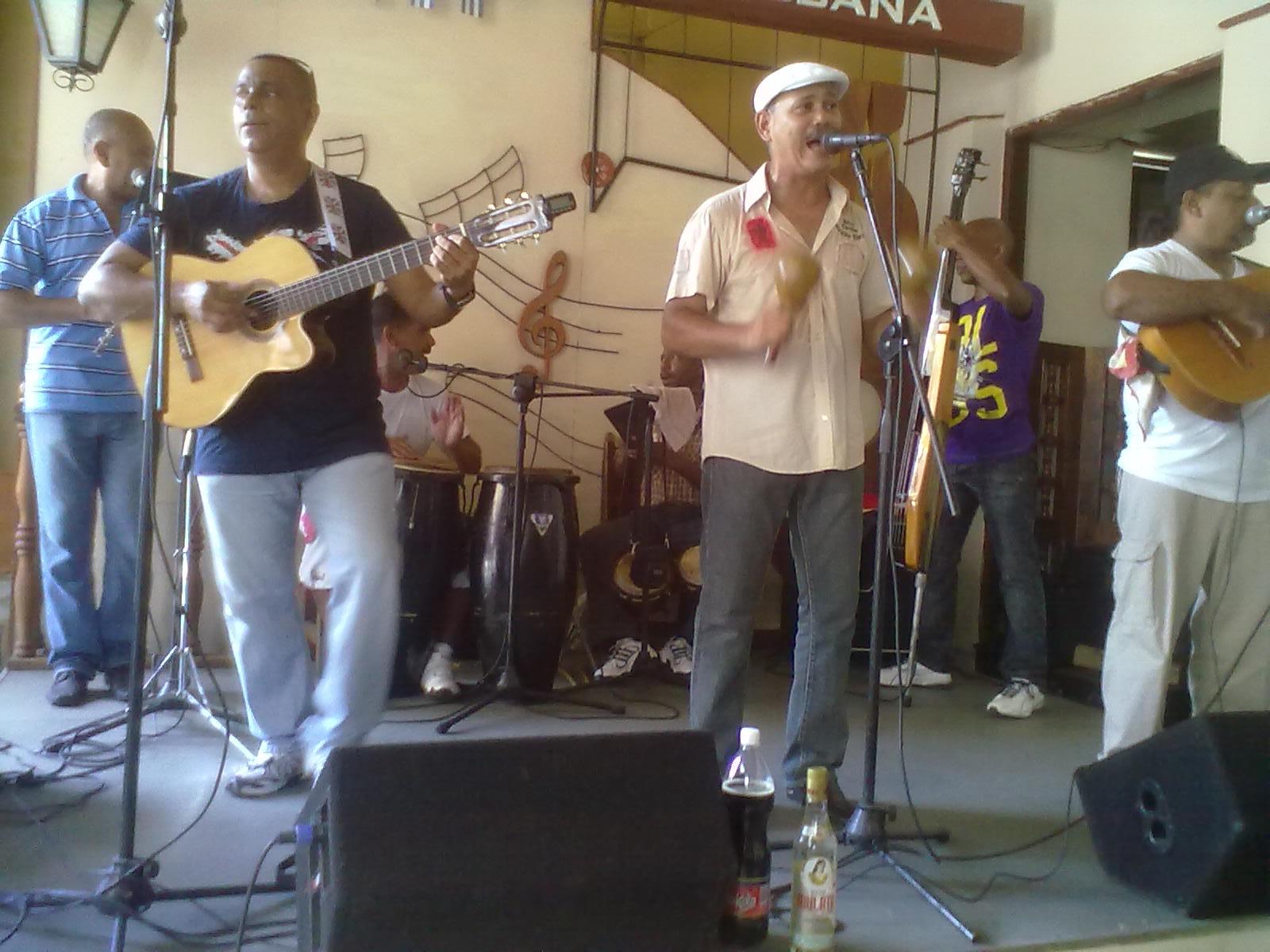 Participan músicos santiagueros en Semana de la Cultura Guantanamera