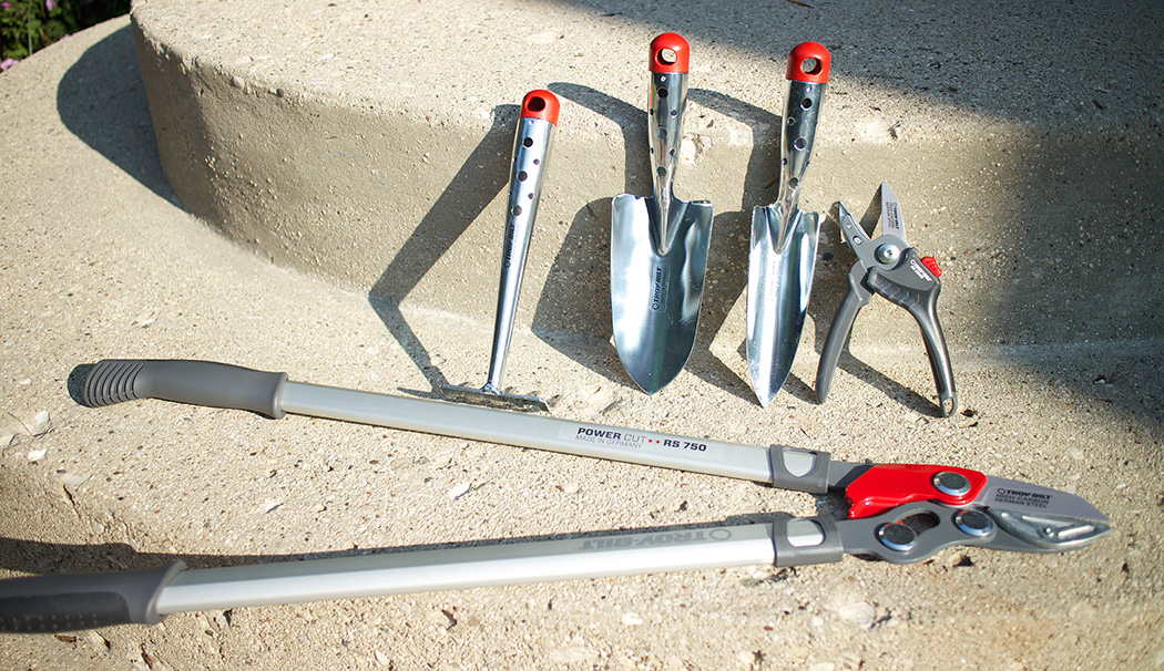 A review giveaway of garden tools the impatient gardener for Gardening tools reviews